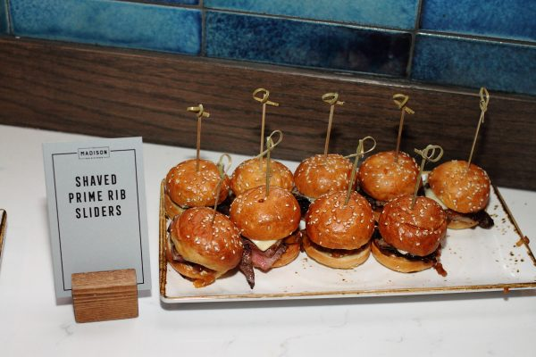 shaved prime rib sliders at the madison bar and kitchen chicago - impelix sd-wan event with velocloud - april 2018